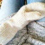 I plan on finishing the second mitten to this sethellip