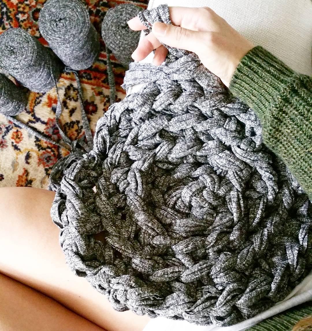 How To Hand Crochet A Circular Rug Simplymaggie Com