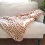 Tis the season for cozy knit blankets! This is Couturehellip