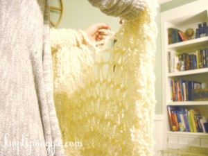 Arm Knit a Blanket in One Hour
