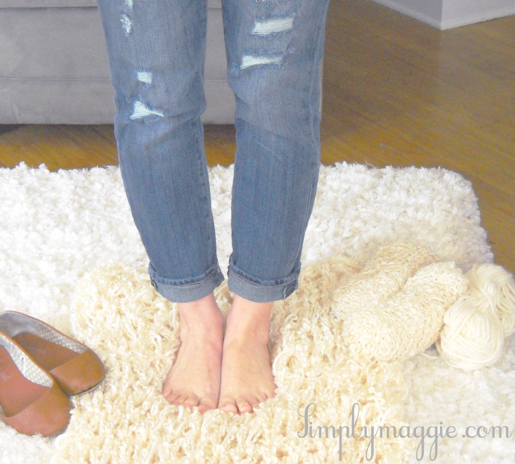 How to arm knit a blanket in one hour with video tutorial
