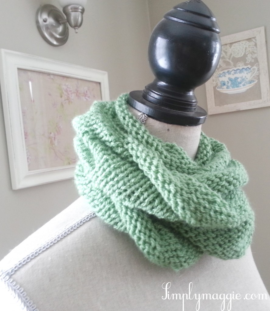 Beginner Knit Scarf Patterns : Infinity Scarf Knitting Pattern For Beginners Tattoo - TattoosKid