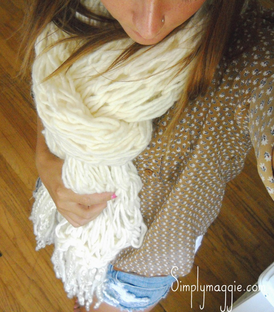 How to arm knit a fringe scarf in 30 minutes simplymaggie the yarn bankloansurffo Choice Image