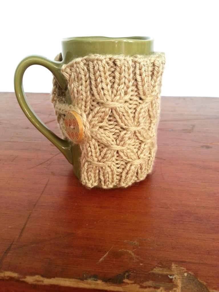DIY Knit Mug Warmer SimplyMaggie.com