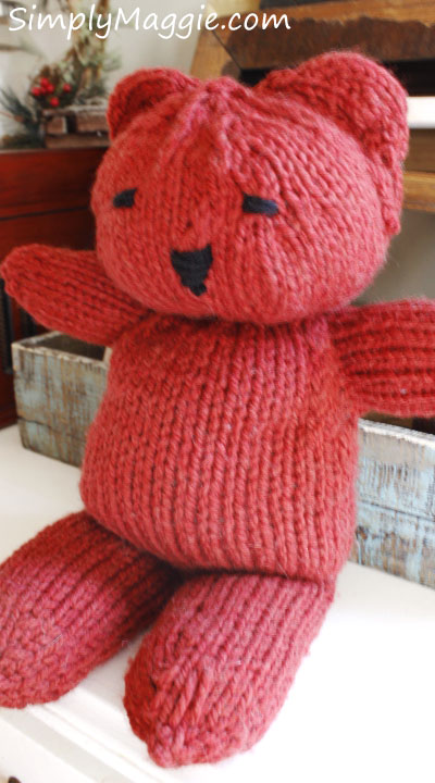 Knit Teddy Bear Tutorial with Pattern. www.SimplyMaggie.com