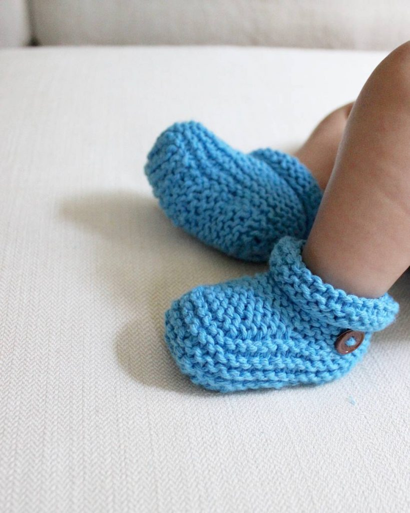Simple Bootie Knitting Pattern : Baby Booties Pattern Knitting Easy