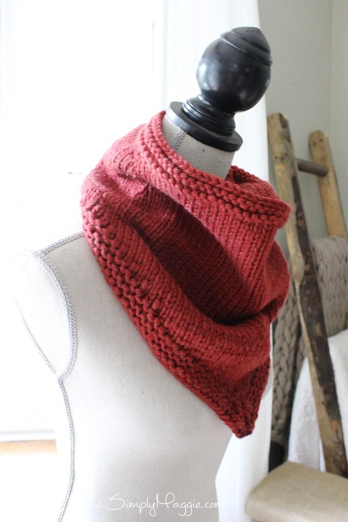 DIY Bandana Cowl www.simplymaggie.com