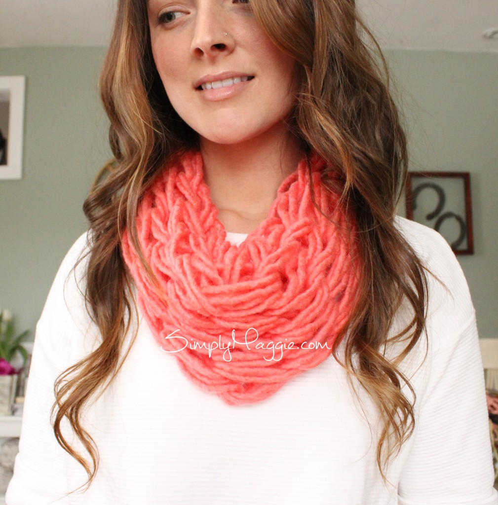 Arm Knit a Single Wrap Scarf with Simply Maggie