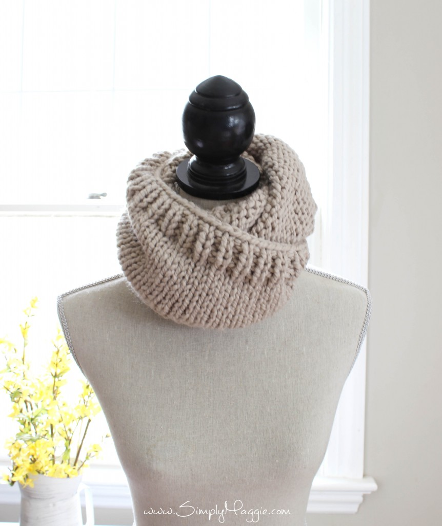 Chunky Tri Style Knit Cowl Pattern Free Simplymaggie Com