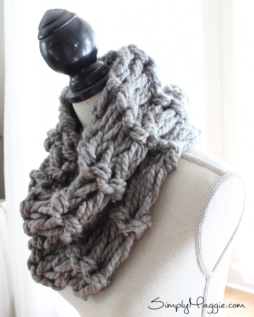 What Knit Stitch For Scarf : How to Arm Knit a Garter Stitch Scarf in 20 Minutes SimplyMaggie.com
