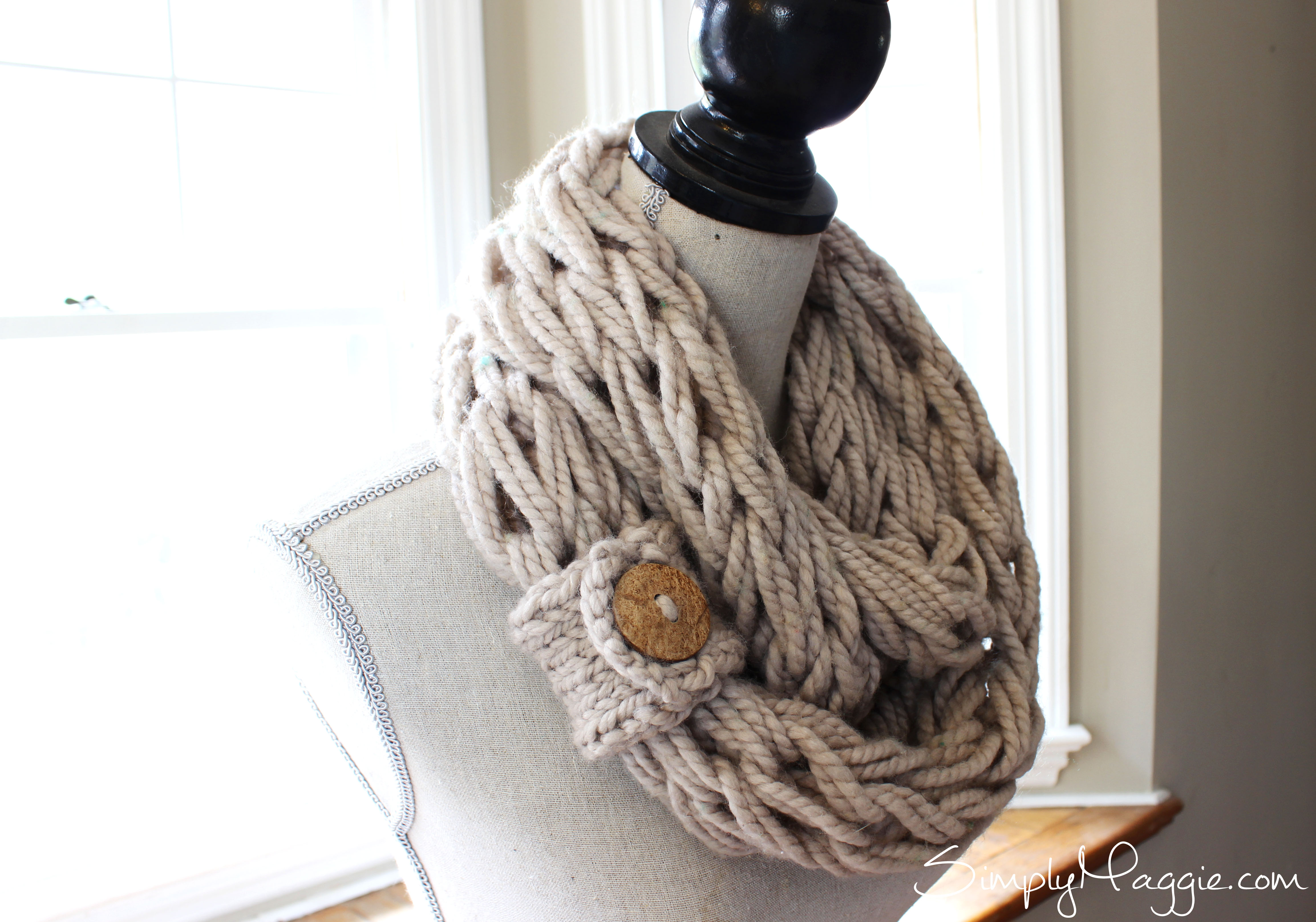 Arm Knitting Patterns : DIY Button Cuff for Infinity Scarf SimplyMaggie.com