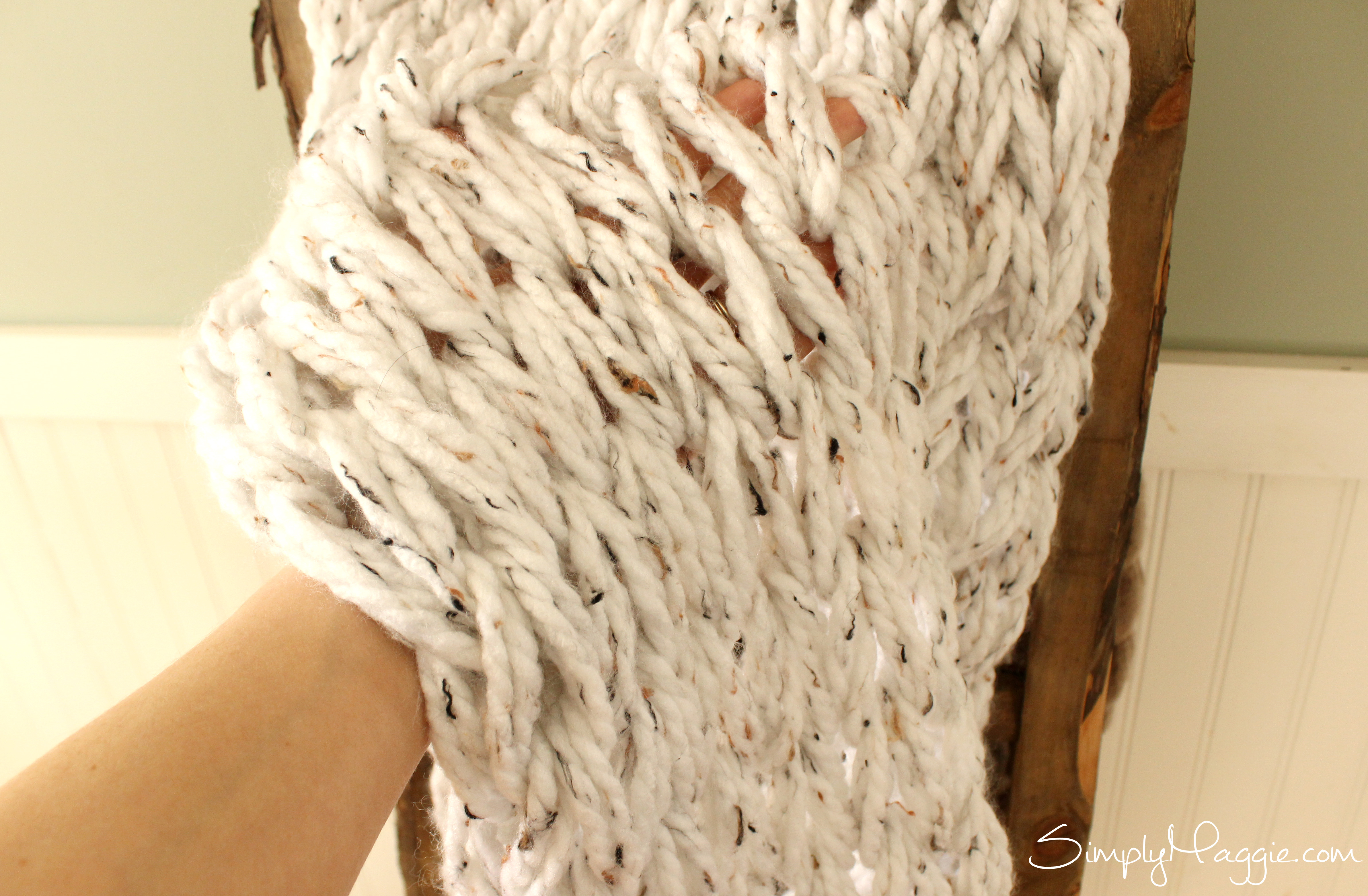 Knit A Chunky Blanket In 1 Hour With Arm Knitting