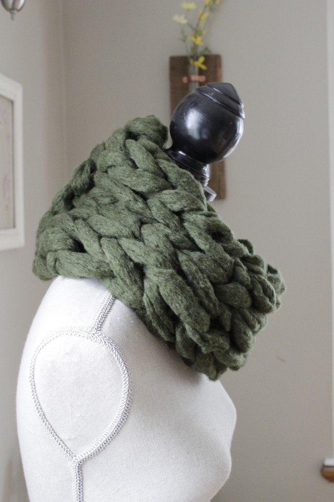 Super Chunky Arm Knit Cowl