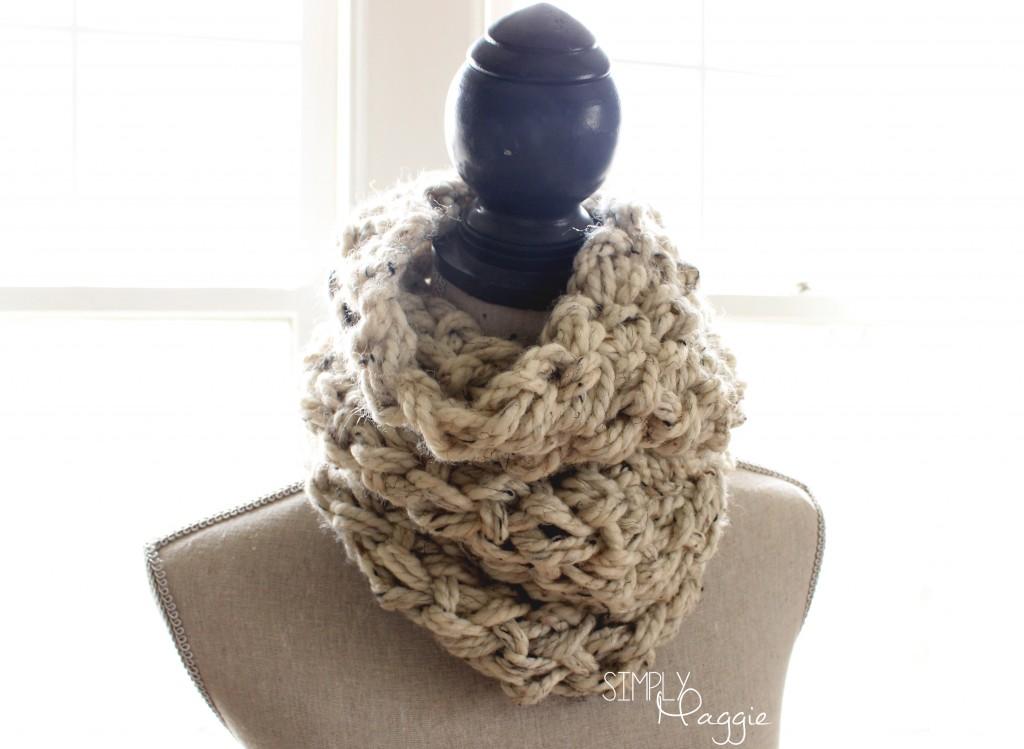 Knitting Linen Stitch Bind Off : DIY Arm Knit Linen Stitch Cowl SimplyMaggie.com