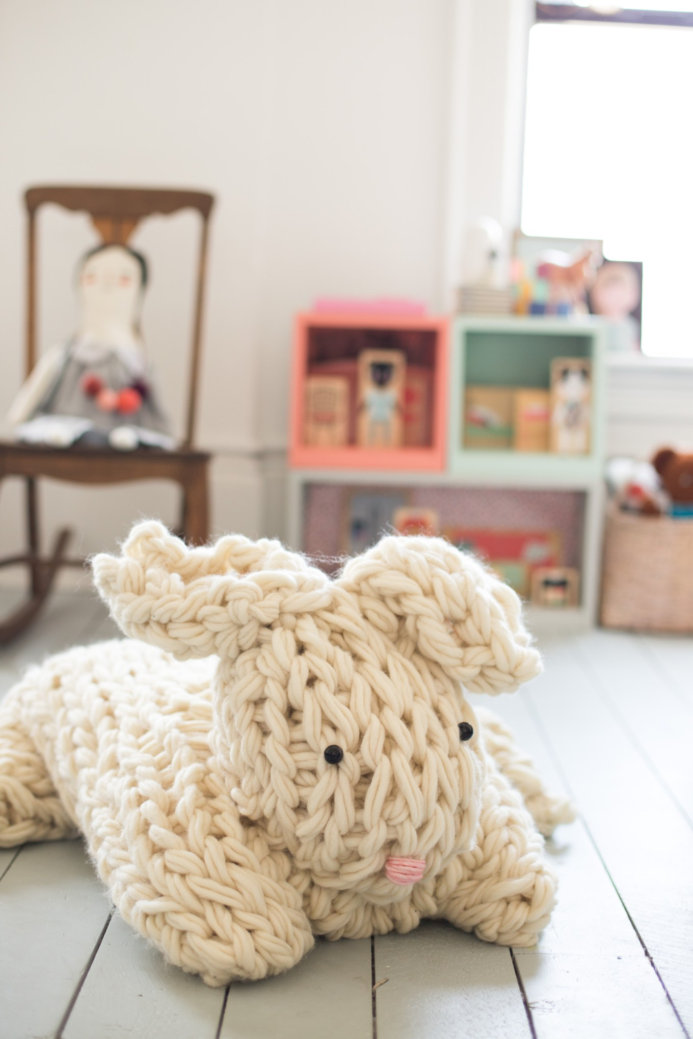 Knitting Without Needles Pdf : Giant arm knit bunny from flax and twine pattern