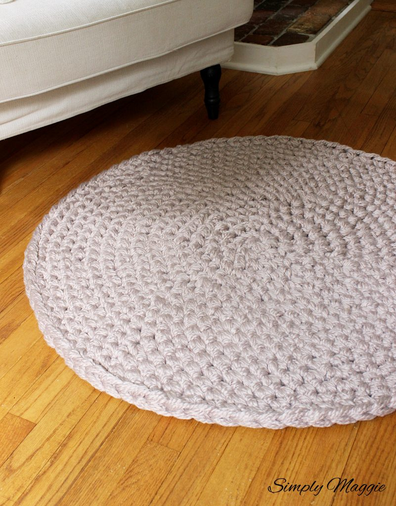 How To Hand Crochet A Large Circular Rug Simplymaggie Com