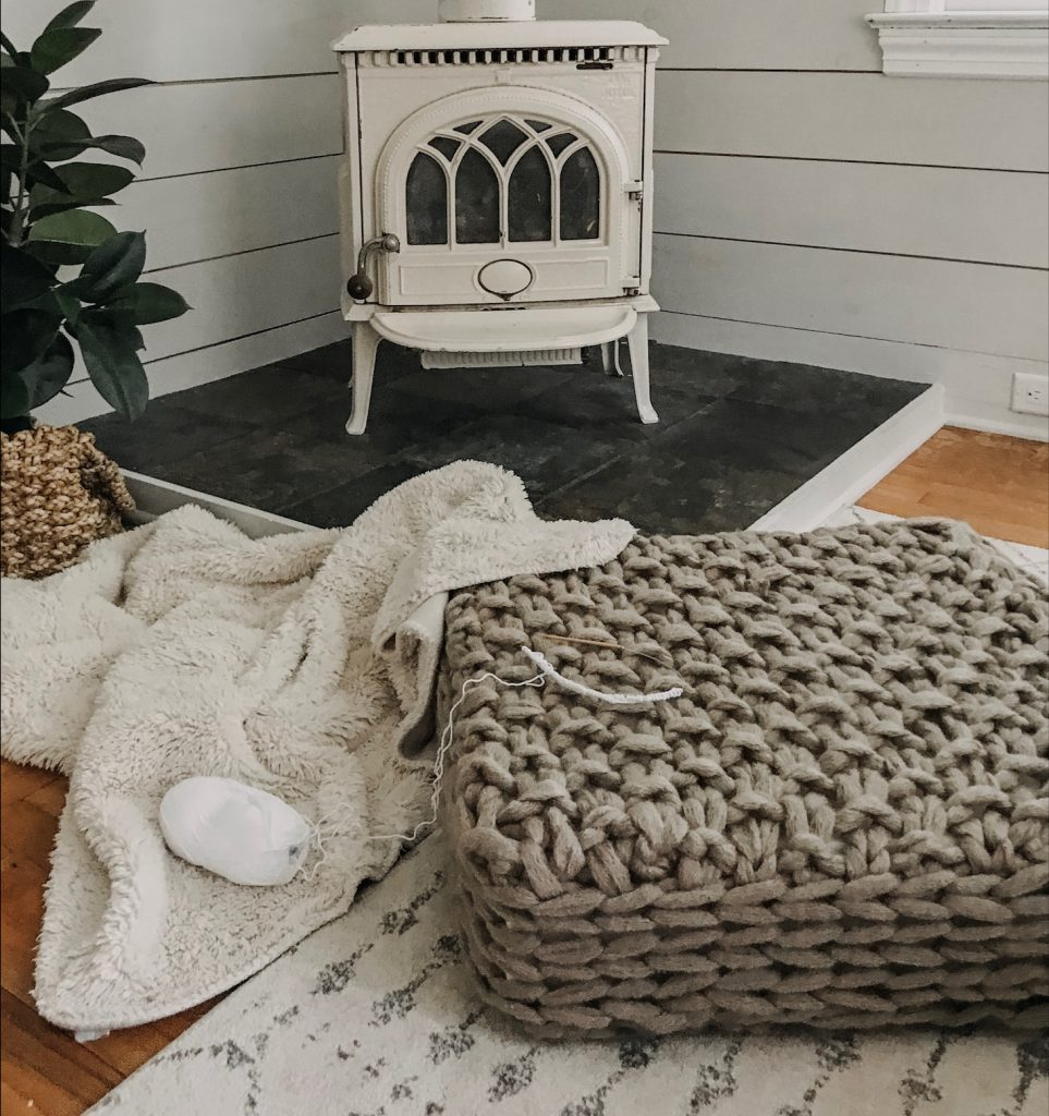 Arm Knit Floor Cushion Pattern | SimplyMaggie com
