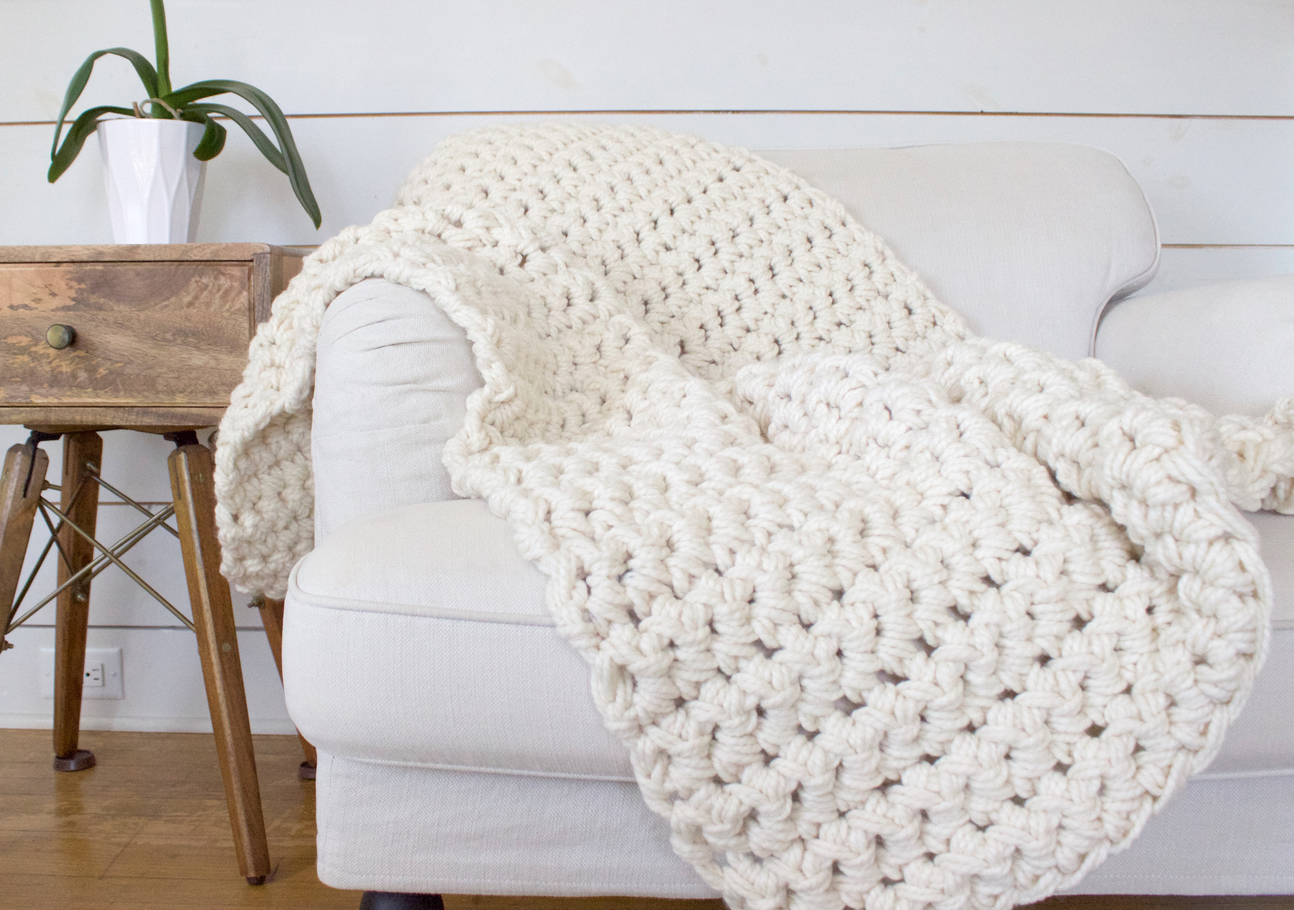 hand crochet blanket edited 1